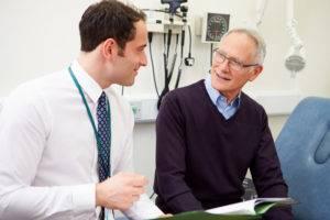Принимать Омник нужно с осторожностью и только после консультации с лечащим врачом