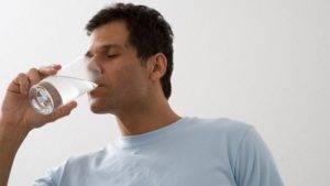 Средство разводится в 50 мл теплой кипяченой воды, тщательно перемешивается и выпивается