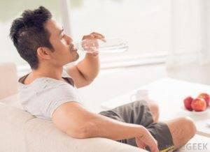 Заподозрить развитие сахарного диабета можно по таким признакам, как жажда и постоянная усталость