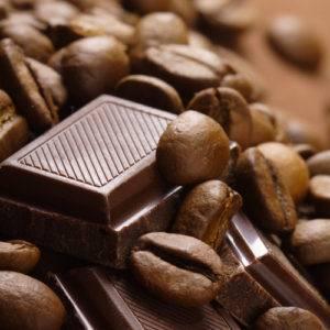 Натуральный шоколад и зерновой кофе