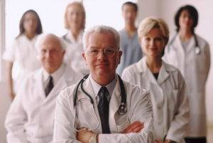 Прием таблеток строго под контролем медицинского специалиста