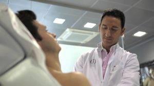 Симптомы гинекомастии у мужчин