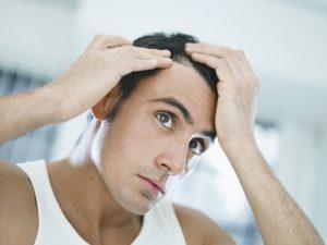 Выпадают волосы при расчесывании